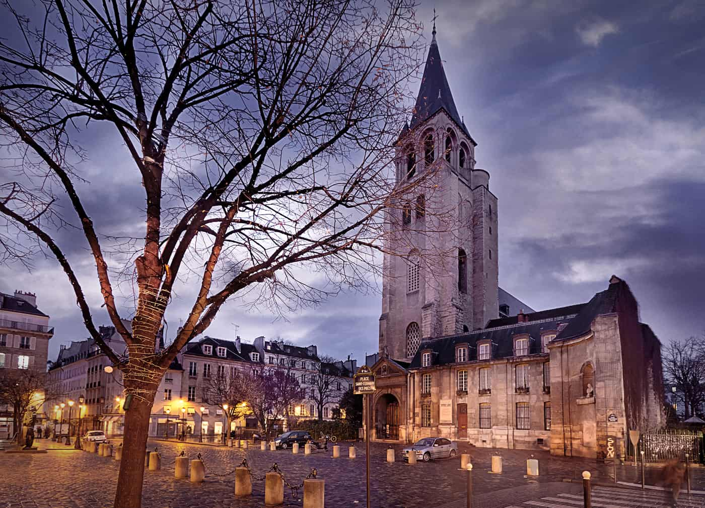 Night view of Saint Germain des Prés Church